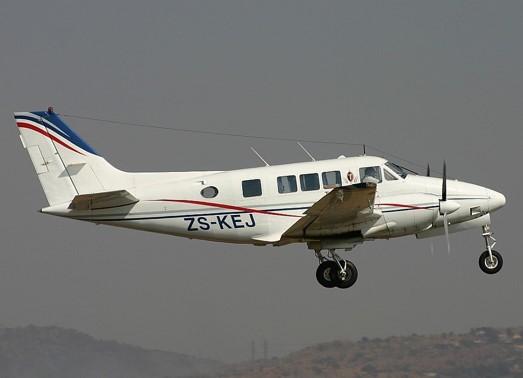 Order Hawker Beechcraft Queen Air Ground Power Equipment at Priceless Aviation